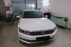 VW Passat - výmena čelného skla