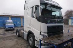 Volvo FH13  - výmena čelného skla